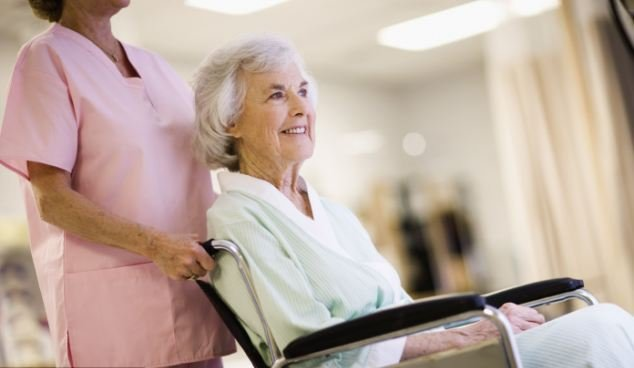Дом престарелых - как правильно принять решение