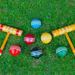 Интересные и подвижные игры на улице для 2 детей летом