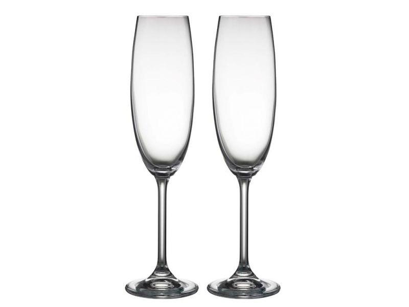 Качественные бокалы для шампанского и их отличия